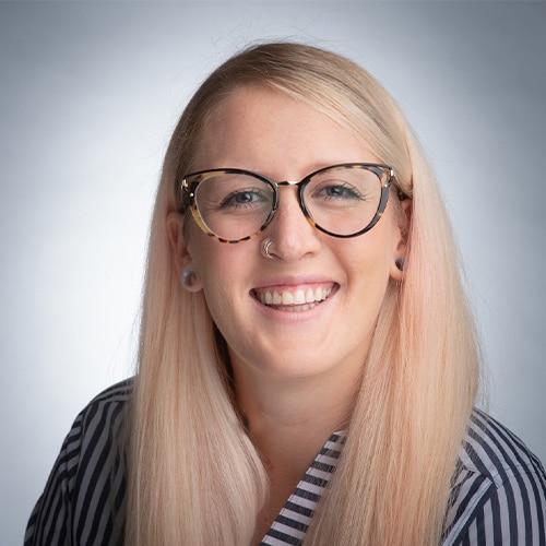 Kelly Thompson - Associate Agent